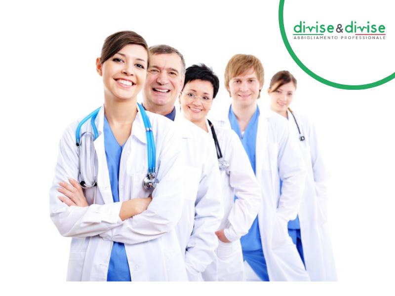 Camici per medici personalizzati con nome o logo